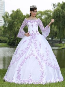 Square White Long Sleeves Quinceanera Gown with Embroidery in Ypsilanti