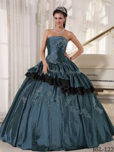 Elegant Dark Blue Strapless Long Quince Dresses with Appliques in Warren
