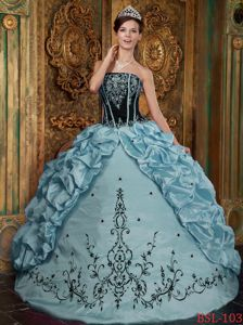 Cheap Embroidery and Pick Ups Ball Gown Quinceanera Gowns near Amboy