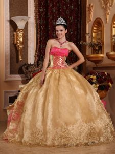 Ruffled Layers and Lace Decorated Ball Gown Quince Dresses in Issaquah