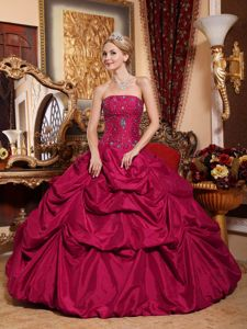 Red Strapless Floor-length Taffeta Quinceanera Dress with Beading in San Rafael