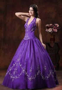 Halter Organza Sweet Sixteen Dresses with Embroidery in Carmen Costa Rica
