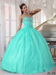 Cheap Diamonds and Ruching Decorated Sweetheart Sweet Sixteen Dresses
