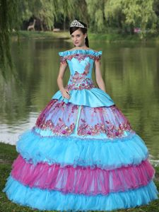 Off the Shoulder Appliqued Quinceanera Gown Dress in Cali Colombia