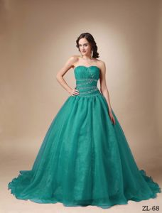Sweetheart Sweet 15 Dresses Beaded with Chapel Train in Estaci�n Zald�var