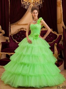 Spring Green A-line One Shoulder Quinceanera Dress with Ruffles and Beading