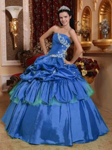 Blue Ball Gown Strapless Taffeta Appliques Quinceanera Dress in Toms River