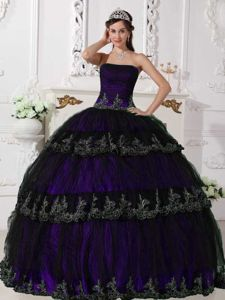 Purple Taffeta and Black Tulle Strapless Quinceanera Dress with Appliques