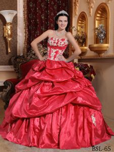 Red Strapless Taffeta Appliques Quinceanera Dress with Pick-ups in Paramus