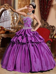 Purple Sweetheart Taffeta Appliques and Hand Made Flowers Quinceanera Dress