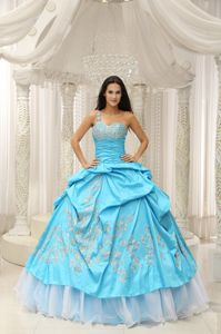 Beaded One Shoulder Quinceanera Gown Dresses in Aqua Blue with Pick-ups