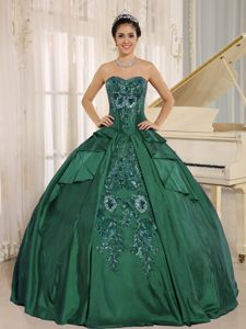 Noble Dark Green Sweetheart Quinceanera Gown Dresses with Embroidery