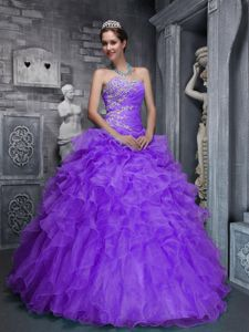 Romantic Sweetheart Quinceanera Dress in Purple with Appliques and Ruffles