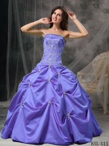 Modest Strapless Lavender Sweet 16 Dresses in Floor-length with Pick-ups