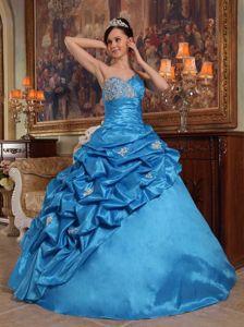 elegant Sky Blue Sweetheart Beaded Taffeta Sweet 16 Dresses with Pick Ups
