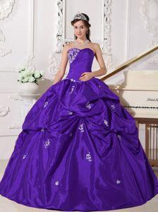 Sweetheart Purple Elegant Quinceanera Dresses with Beading in Vero Beach
