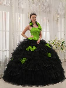 Best Hand Flowery Green and Black Halter Quninceanera Dresses with Ruffles