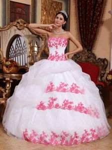 Cute White Sweetheart Full-length Quinceanera Gown with Pink Appliques