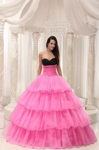 Black Sweetheart Rose Pink Long Dress For Quinceanera with Ruffle-layers