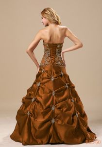 Brown Strapless Full-length Quinces Dresses with Embroidery and Pick-ups