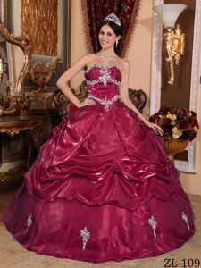Wine Red Appliques and Pick Ups Puffy Quinceanera Dress near Lansing
