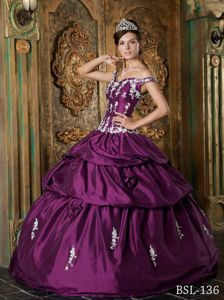 Purple Straps Appliques and Pick Ups Quinceaneras Dress in Eatonville