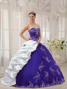 Purple and White Sweetheart Quince Dresses with Appliques in Aurora