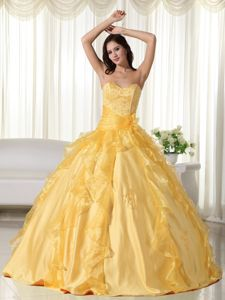 Sweetheart Yellow Dresses For Quinceanera in Floor-length with Beading