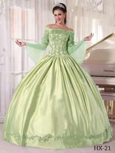 Off the Shoulder Yellow Green Dress for Quince with Long Sleeves in Tempe