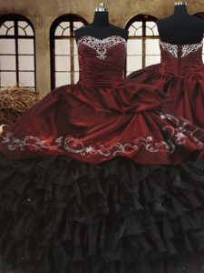 Fantastic Ruffled Sweetheart Sleeveless Lace Up Quince Ball Gowns Red And Black Organza and Taffeta