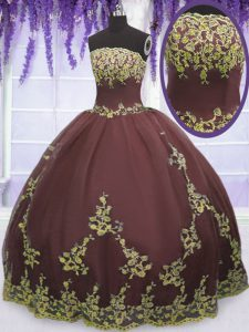 Fitting Sleeveless Floor Length Lace and Appliques Zipper 15th Birthday Dress with Chocolate