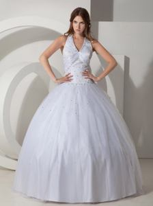White Ball Gown Halter Top Taffeta Beading Quinceanera Dresses in Medford