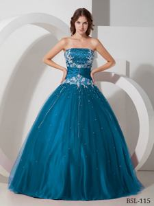 A-line Strapless Taffeta and Tulle Appliques and Beading Quinceanera Dresses