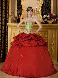 Red Ball Gown Strapless Appliques Taffeta Quinceanera Dress in Silver Spring
