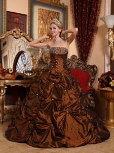Elegant Brown A-line Strapless Taffeta Beading Quinceanera Dress in Owings Mills