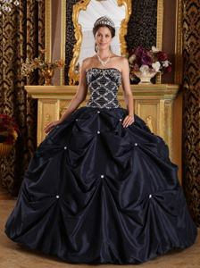 Black Taffeta Strapless Sweet 15 Dresses with Beading and Pick-ups in Ellicott City