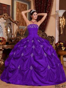 Purple Strapless Floor-length Taffeta Appliques Quinceanera Dress in Baltimore