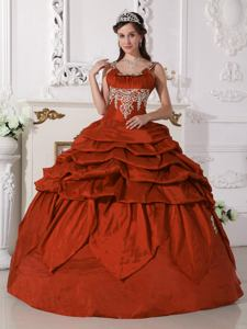 Scoop Floor-length Red Quinceanera Dress with Beading in Wilde Argentina