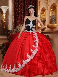 Red and Black V-neck Floor-length Quinces Dresses with Appliques