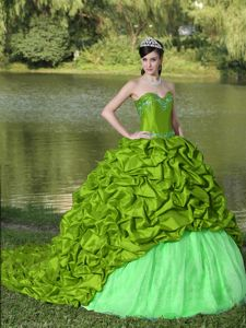 Luxurious Green Lace-up Brush Quince Dress with Pick-ups and Appliques