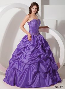 Purple Beaded Sweetheart Full-length Sweet Sixteen Dresses with Pick-ups