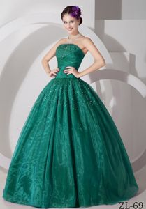 Hunter Green Strapless Floor-length Quinceanera Gown Dress with Beading