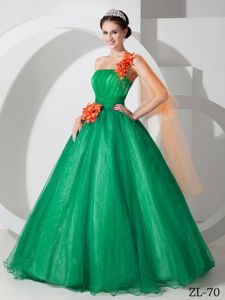 Special Green One Shoulder Long Quinceanera Gown Dresses with Flowers