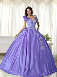 Off the Shoulder Purple Embroidery Flowers Arroyo Quinceanera Dress