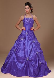 Pick-ups Halter Purple Taffeta Ruched Kavanayen Quinceanera Dresses