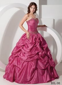 Pick-ups Hot Pink Coral Red Beading Quinceanera Dress in Cabo Rojo