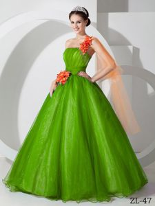 One Shoulder Organza Hand Made Flowers Green Limpio Dress for Quince