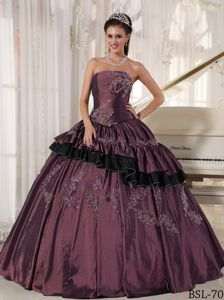 Strapless Taffeta Pleats Appliques Quinceanera Gown in Augsburg Germany