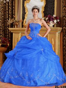 Perth WA Royal Blue Sweet Sixteen Dresses Decorated White Appliques