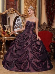 Beading Dark Purple Taffeta Pick-ups Quince Dresses in Fishponds